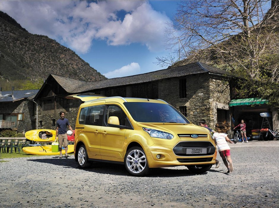 Noul Ford Transit, dezvaluit oficial