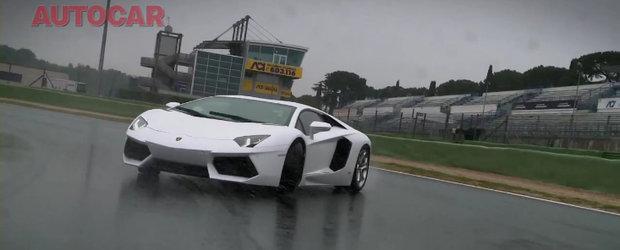 Noul Lambo Aventador ia cu asalt circuitul, livreaza sunete orgasmice si drifturi la limita