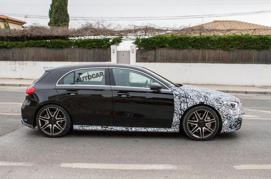 Noul Mercedes A45 AMG - Poze spion - Noul Mercedes A45 AMG - Poze spion