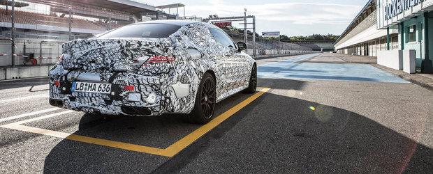 Noul Mercedes C63 AMG Coupe ne invita sa-i admiram... fundul bombat