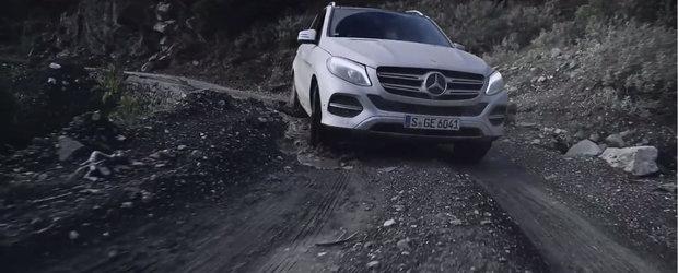 Noul Mercedes GLE nu se teme sa dea asfaltul pe apa si pietris