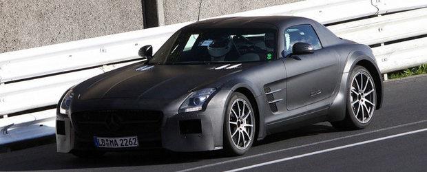 Noul Mercedes SLS AMG Black Series, surprins in primele fotografii spion