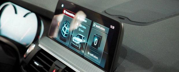Noul model are un display de 10 inch si control prin gesturi. VIDEO cu ambele generatii ca sa vezi cum au evoluat lucrurile