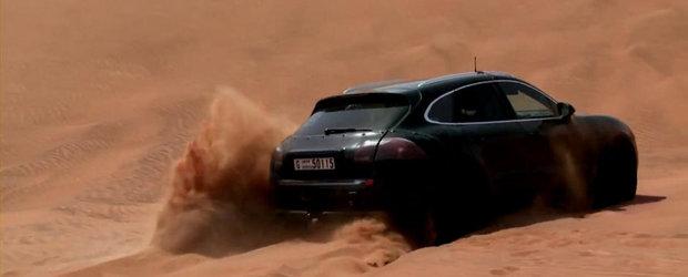 Noul Porsche Macan iese la joaca in desert, printre camile si dune de nisip