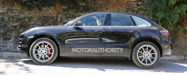 Noul Porsche Macan Turbo, surprins complet necamuflat