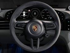 Noul Porsche Taycan