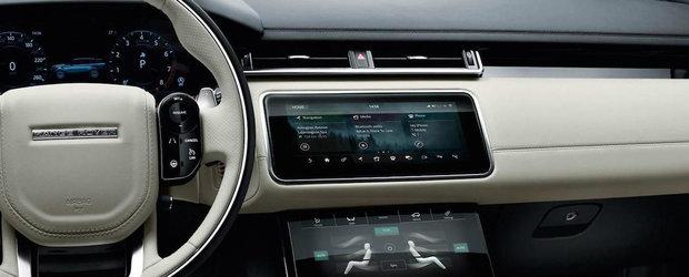 Noul Range Rover Velar iese la inaintare cu un interior plin de ecrane color