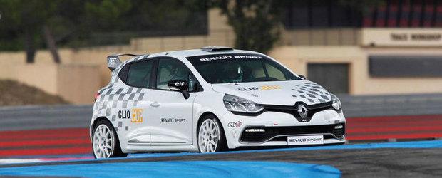 Noul Renault Clio Cup debuteaza anul viitor, va beneficia de 220 CP si 270 Nm