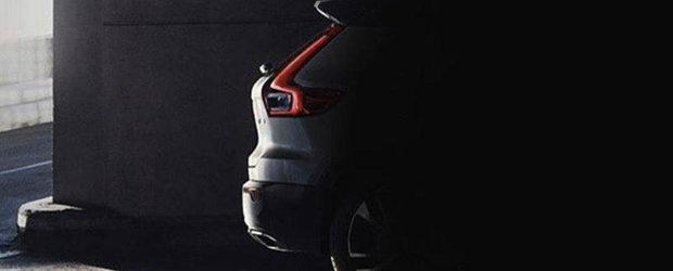 Noul Volvo XC40 a fost scapat pe internet. Imaginea teaser tradeaza spatele celui mai mic SUV din gama