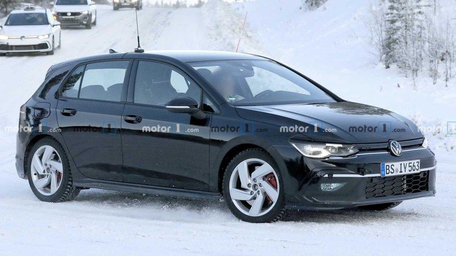 Noul VW Golf GTI - Poze spion