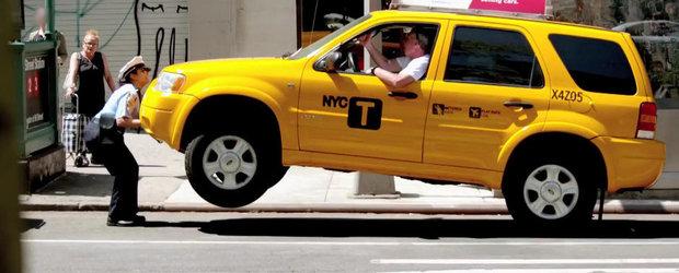 Nu a vrut sa-si mute masina din loc, asa ca politista a trecut la fapte!