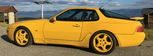 Nu se mai fac masini ca pe vremuri: acest Porsche din 1993 scoate 236 CP dintr-un aspirat in patru cilindri