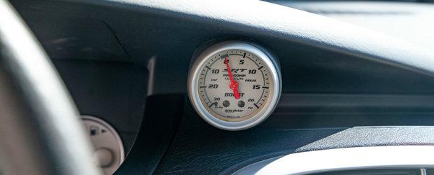 Nu se mai fac masini ca pe vremuri. Sedanul din 2005 are motor turbo de 2.4 litri si tractiune fata