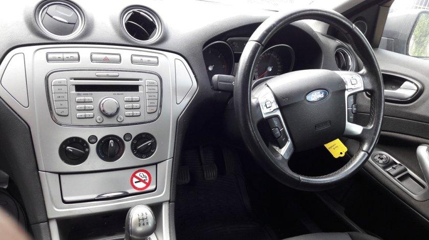Nuca schimbator Ford Mondeo 2008 Sedan 2.0 TDCi