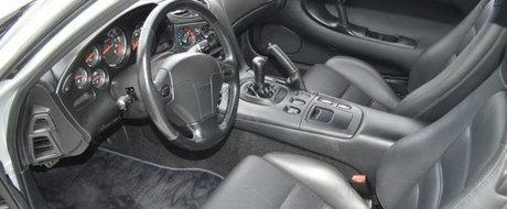 O Mazda RX-7 cu doar un singur proprietar si mai putin de 38.000 km la bord isi cauta o noua casa pe internet