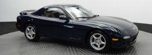O Mazda RX-7 cu numai 7.322 de kilometri isi cauta un nou proprietar pe internet