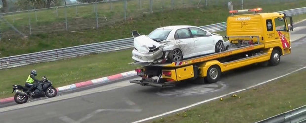 O noua compilatie video cu accidente la Nurburgring