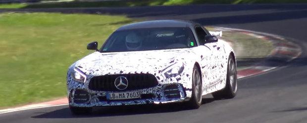O versiune hardcore a Mercedes-ului AMG GT R a fost surprinsa pe Nurburgring Nordschleife. Sa fie oare viitorul Black Series?