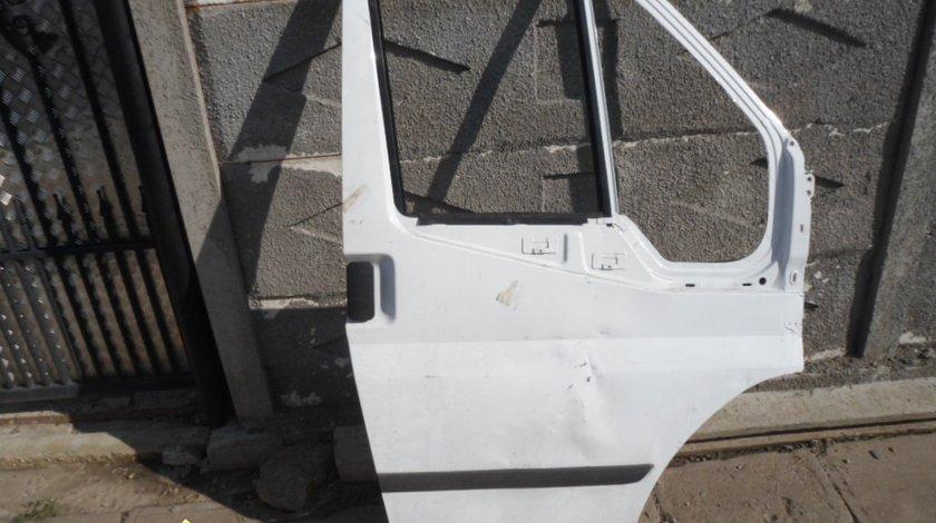 Ocazie usa partea drapta fata pentru FORD TRANSIT model nou 2006 2013 la doar 300 RON