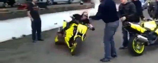 Oficial, acesta este cel mai nebun motociclist din univers!