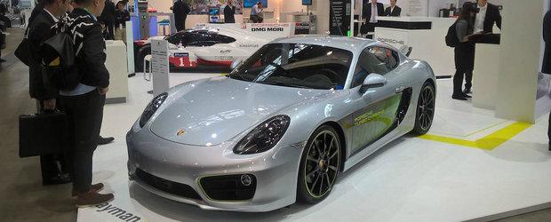 OFICIAL. Cea mai noua sportiva de la Porsche are propulsie complet electrica si face suta in doar 3.3 secunde