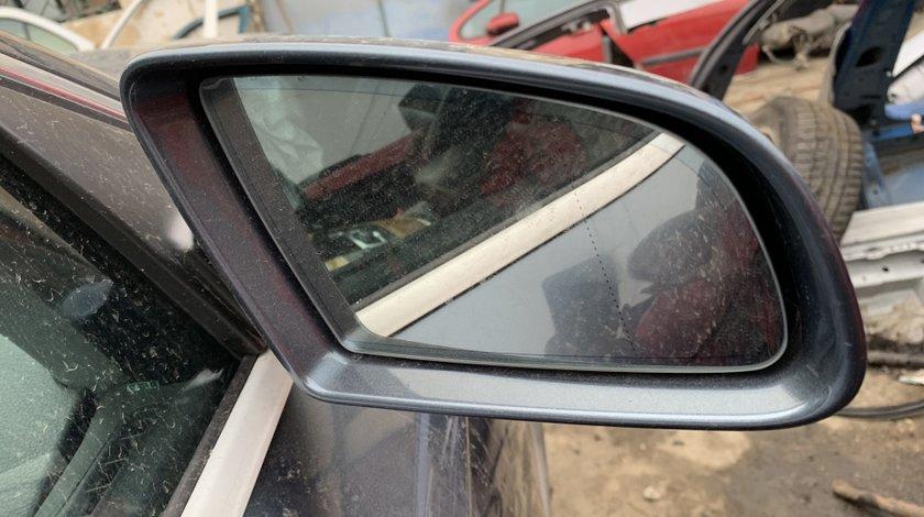 Oglinda dreapta Audi A6 4f 2006-2010