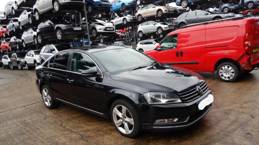 Oglinda dreapta completa Volkswagen Passat B7 2011 Berlina 2.0 TDI