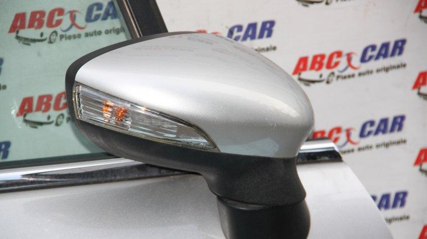 Oglinda dreapta Ford Fiesta in 2 usi model 2010