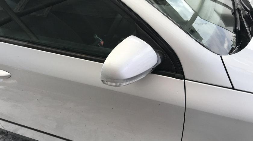 Oglinda dreapta Volkswagen Passat b6