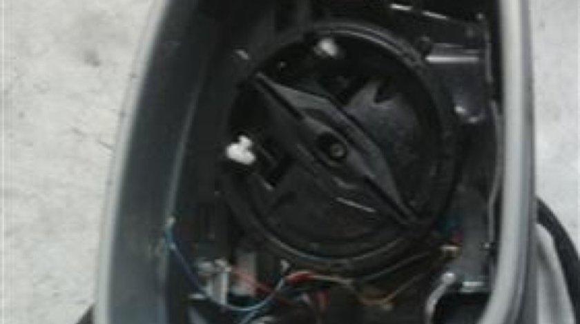 Oglinda electrica dreapta Volkswagen Golf5 / Golf6 Kombi An 2008-2013 cod 1K0959578A