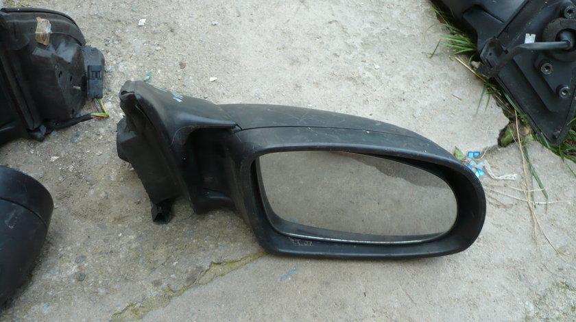 Oglinda Oglinzi Stanga si Dreapta Opel Omega B Electrice