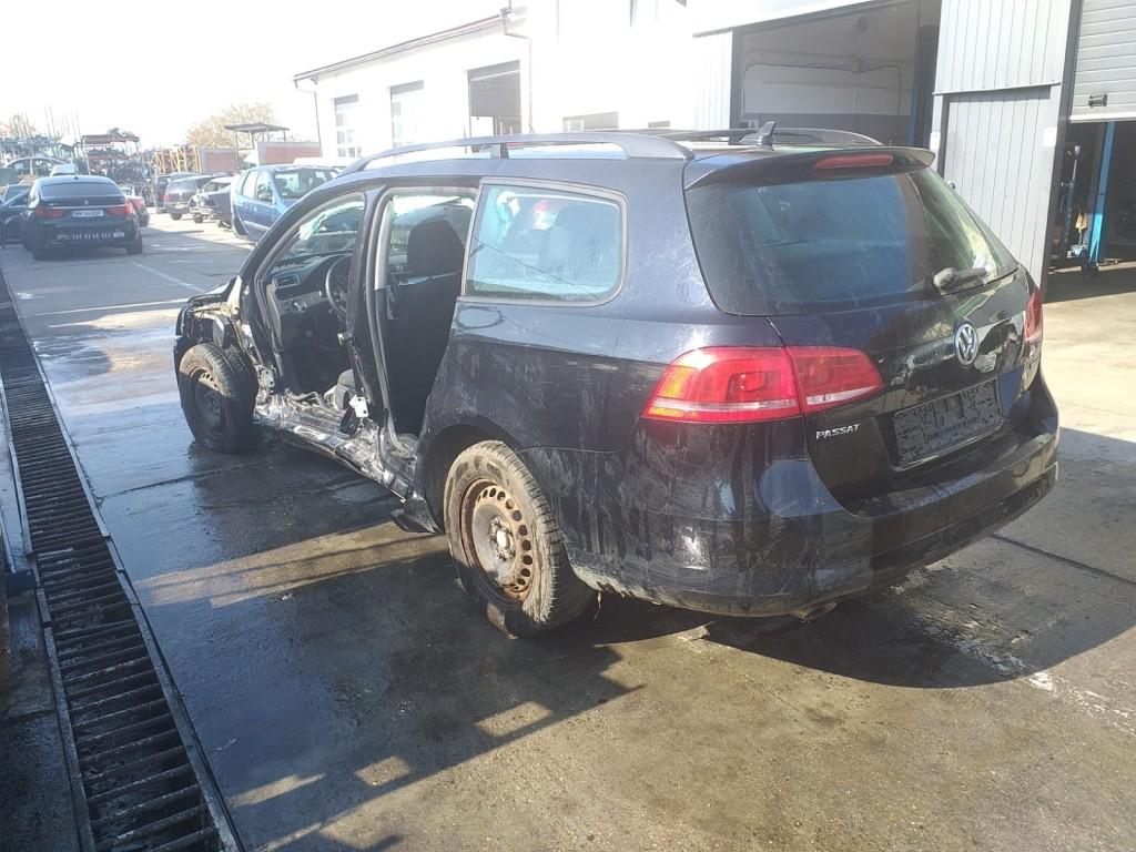 Oglinda retrovizoare interior Volkswagen Passat B7 2012 COMBI 1.6 TDI