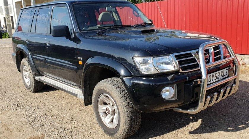 Oglinda stanga completa Nissan Patrol 2003 Y61 GR V 3.0 di zd30ddti