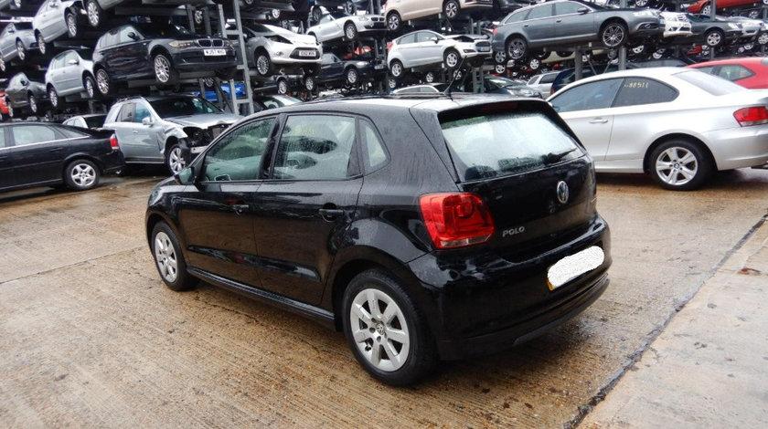 Oglinda stanga completa Volkswagen Polo 6R 2013 Hatchback 1.2 TDI
