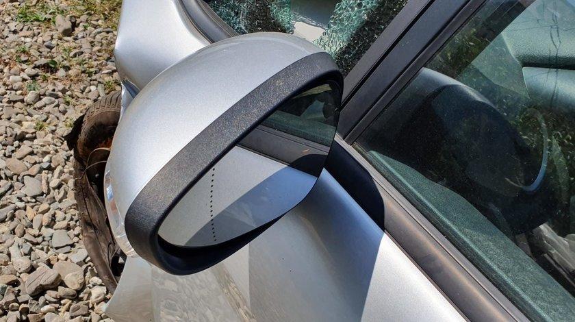 Oglinda stanga dreapta Ford Fiesta MK6 2011 2012 2013 2014