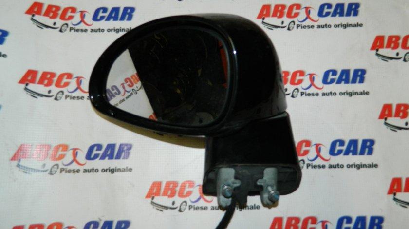 Oglinda stanga electrica cu semnalizare Citroen C4 model 2005