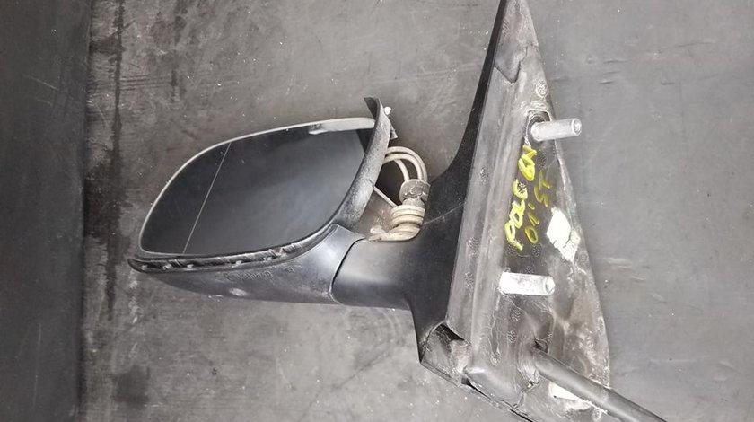 Oglinda stanga manuala fata vw polo 6n fara carcasa
