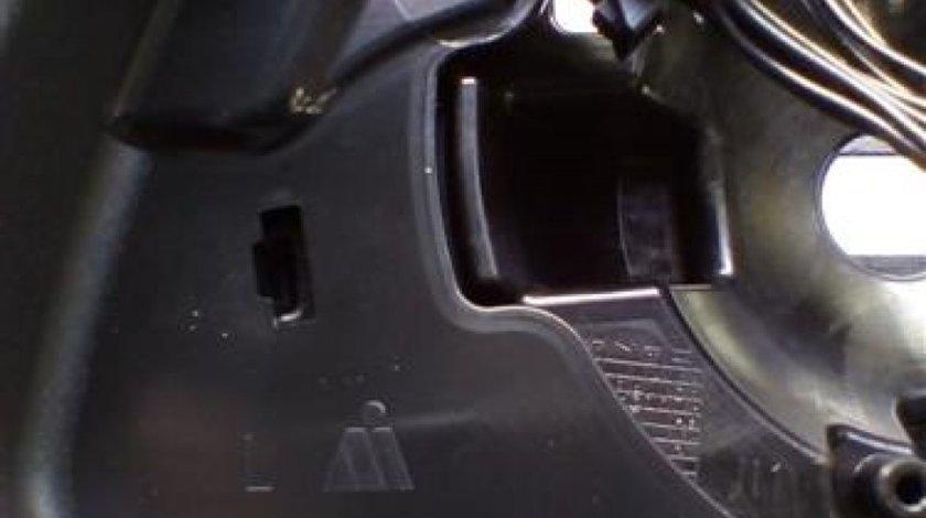Oglinda stanga Mercedes C-Classe W204 An 2007-2014cod A3146405
