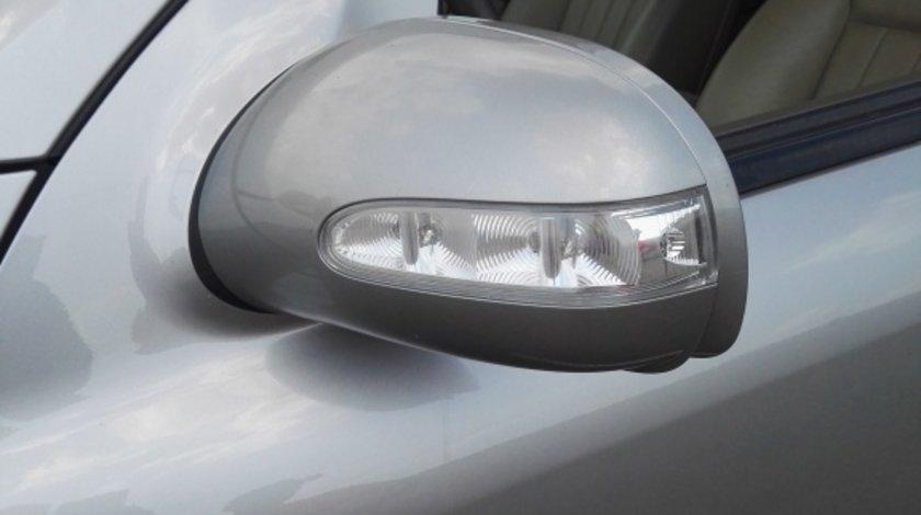 Oglinda stanga Mercedes ML W164 motor 3.0 Diesel