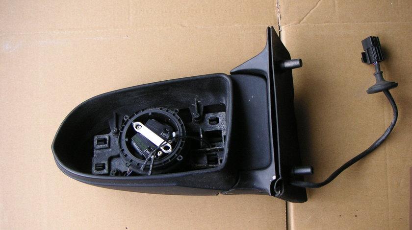 Oglinda stanga Opel Zafira A (2000–2005)