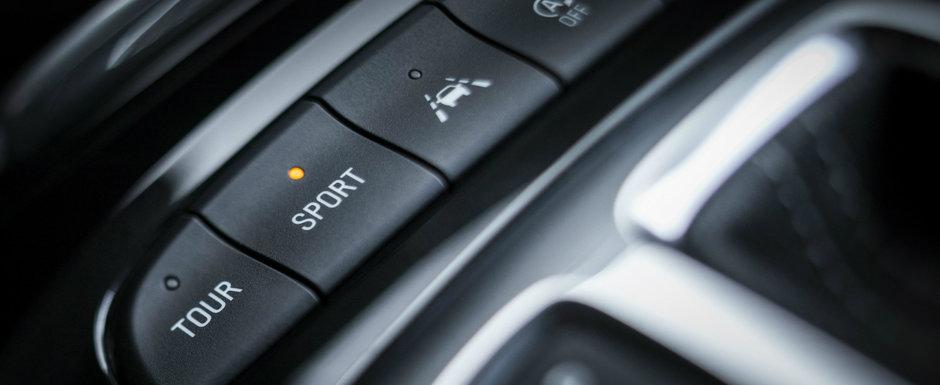 OPEL a publicat acum primele informatii si fotografii oficiale. Noua masina a nemtilor are 300 de CAI si 4x4 in standard!