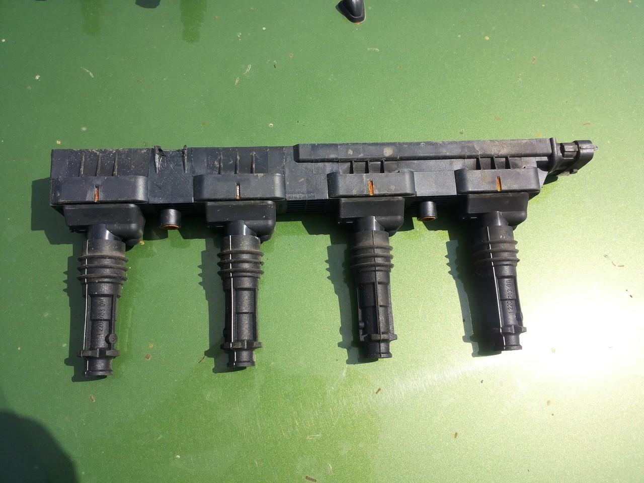 Opel Agila Bobina inductie 0221503015 pentru 1.2 12v tip motor z12xe