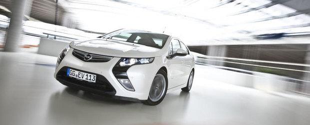 Opel Ampera, victorie dubla la 'Premiile Internet Auto 2011'