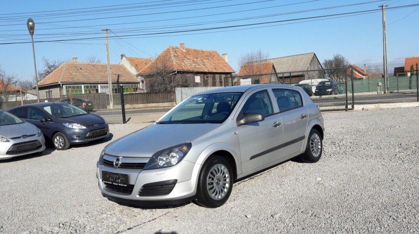 Opel Astra 1,4 i 2004