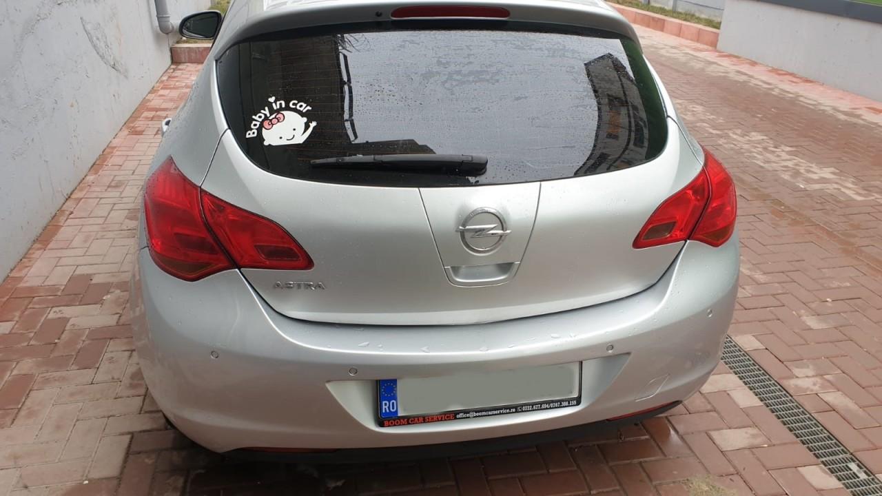 Opel Astra 1.6 2010