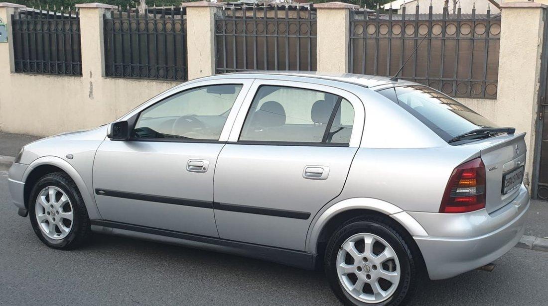 Opel Astra 1.6 benzina 2003