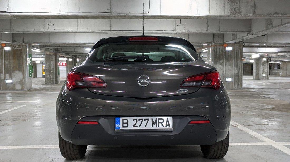Opel Astra 1.7 CDTI 2013