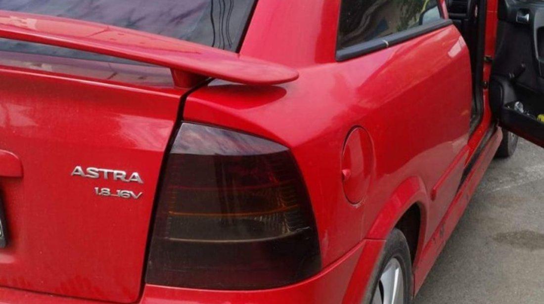 Opel Astra 1.8 1999