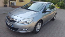 Opel Astra 110 cp 6+1 viteze Euro 5 2011