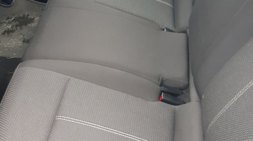 Opel Astra 2.0 CDTI 2013